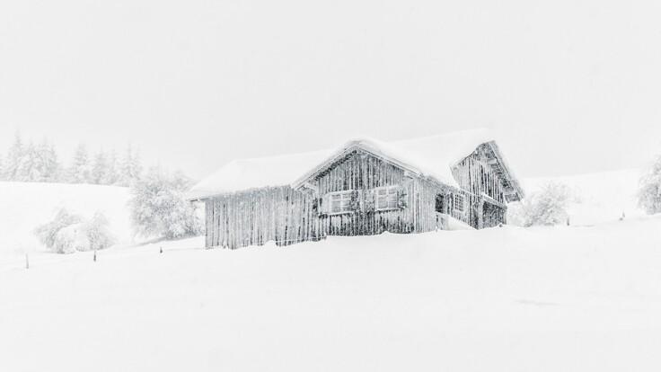 Снег и минусовая температура в мае - спасатель об ухудшении погоды в Украине