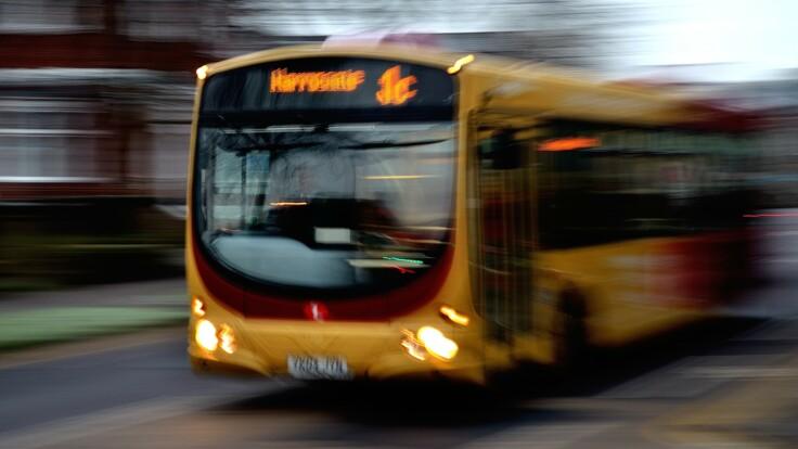 Перевозчики и власть договорились: названы сроки запуска автобусных рейсов