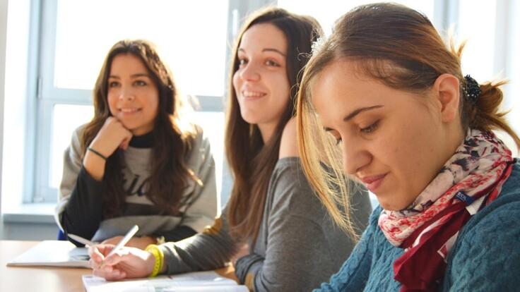 В Україні скоро розпочнеться ЗНО: що думають батьки випускників