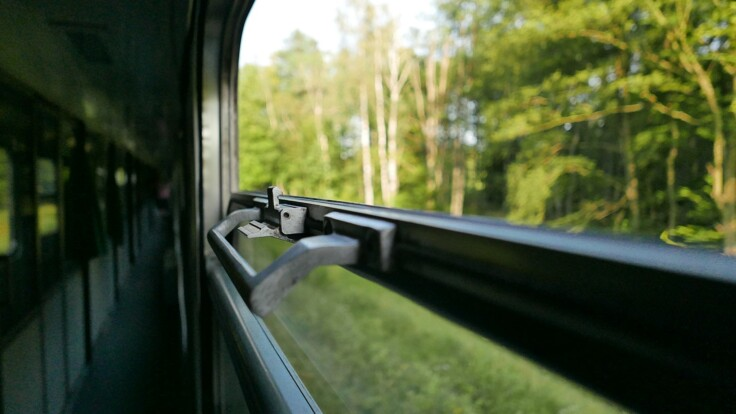 """""""Укрзалізниця"""" пустила потяги: їздити доведеться по-новому"""