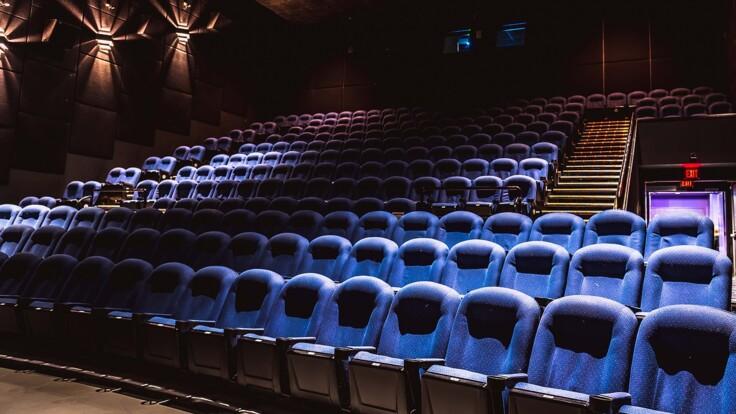Карантин в Украине: стало известно, когда откроют кинотеатры и санатории