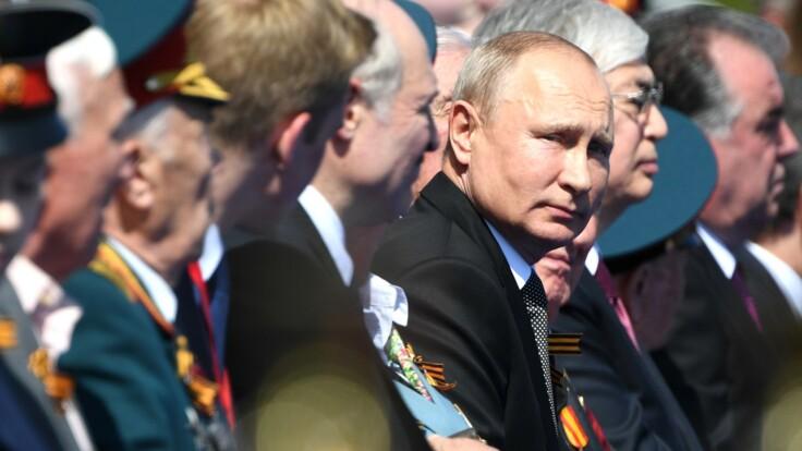 Парад Путина может быть связан с переменами в Кремле – военный эксперт