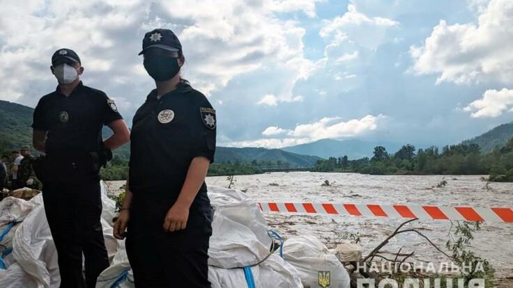 Наводнение в Карпатах — метеоролог рассказал, что будет с погодой