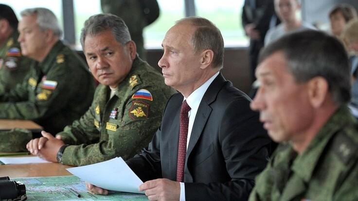 Україні треба чекати провокацій - експерт про військові приготування Росії