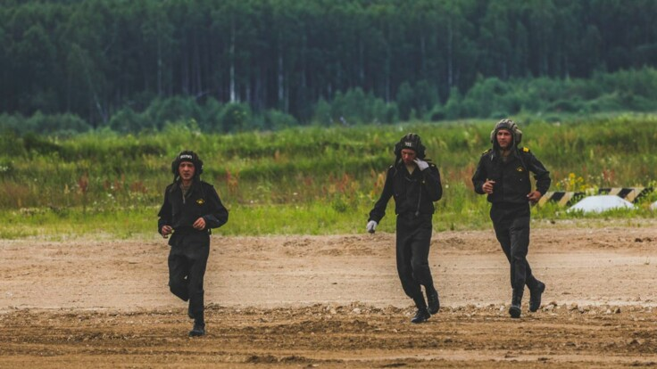 Є багато тривожних сигналів — ексміністр про військові навчання в Росії