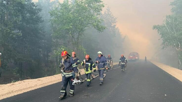 Страшный пожар в Луганской области: сгорели десятки домов, есть жертва и пострадавшие