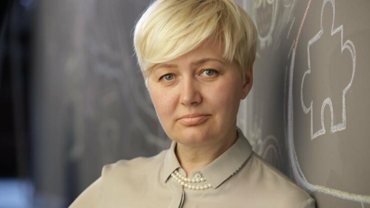 Известная писательница поспорила с нардепом Бужанским из-за языка
