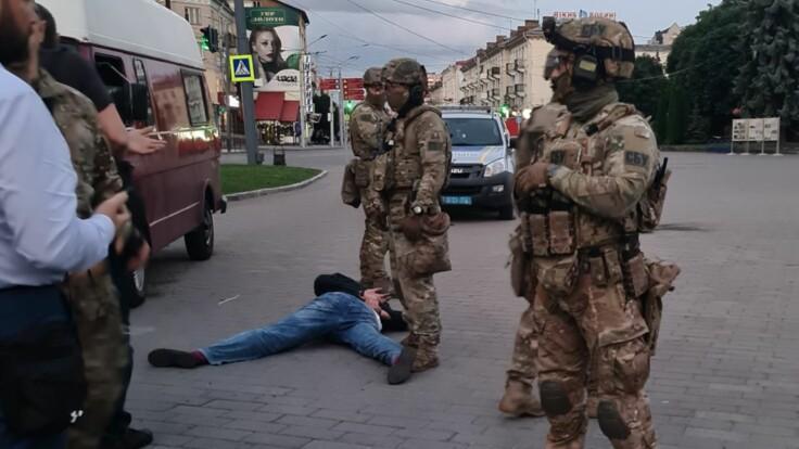 У Луцьку поліція звільнила всіх заручників, злочинець затриманий