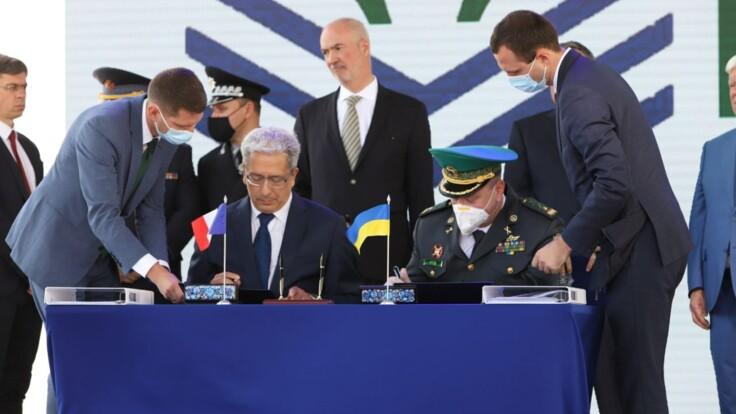 Украина подписала контракт с французской компанией на постройку патрульных катеров