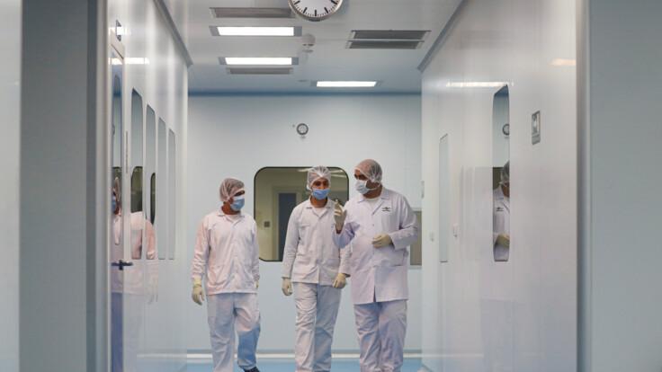 """""""Больницы заполнены на 120%"""": известный врач забил тревогу из-за коронавируса"""