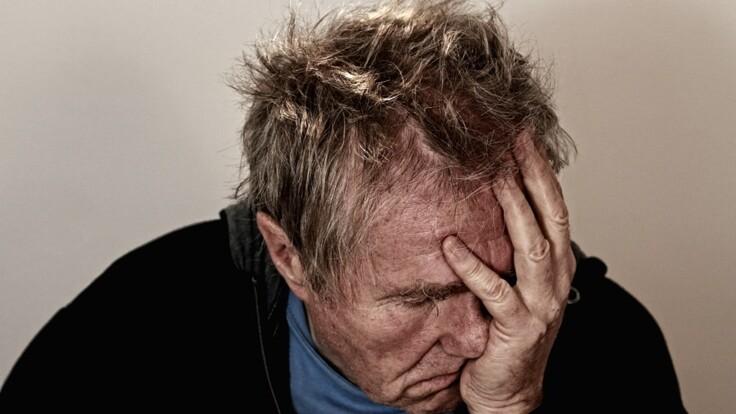 Украинцы смогут отправлять соседей на лечение к психиатру: что придумали в Раде