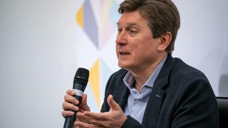 Опрос Зеленского: политолог назвал последствия