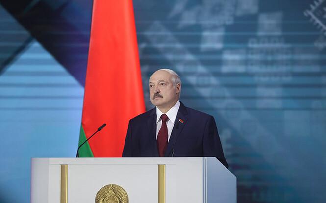 """""""Как он мог?"""": публицист рассказал о реакции в Беларуси на интервью Лукашенко Гордону"""