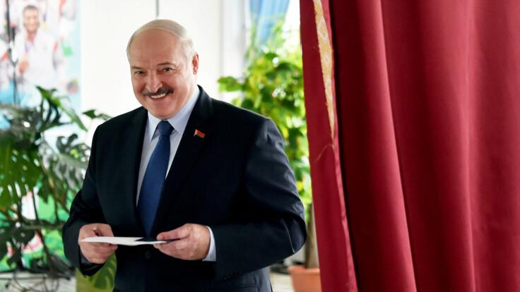 У Лукашенка мало жестів брехні — психологиня проаналізувала поведінку президента Білорусі