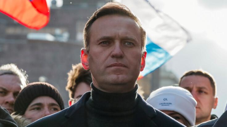 """""""Путин под впечатлением"""": в России озвучили версию отравления Навального"""