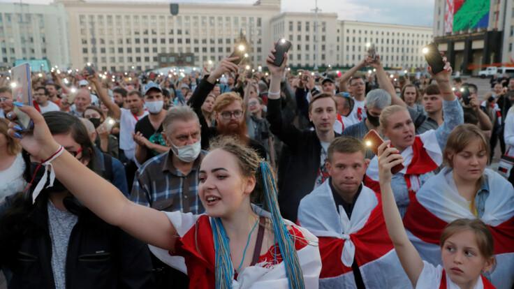 Давления Украины не должно быть - нардеп о ситуации в Беларуси