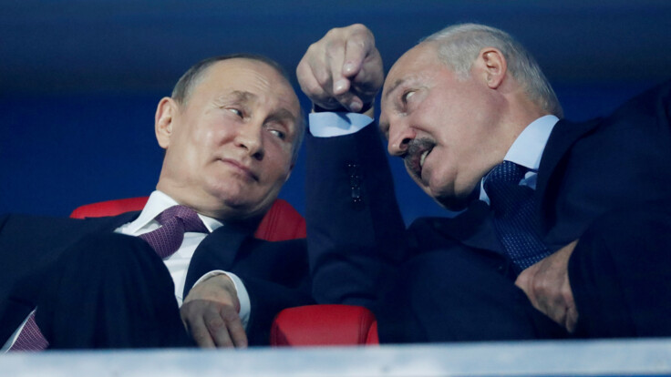 """""""Лукашенко надеется на Москву"""": в Беларуси назвали условие для вмешательства Путина"""