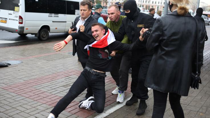 Массовые задержания не пугают протестующих - оппозиционер о настроениях в Беларуси