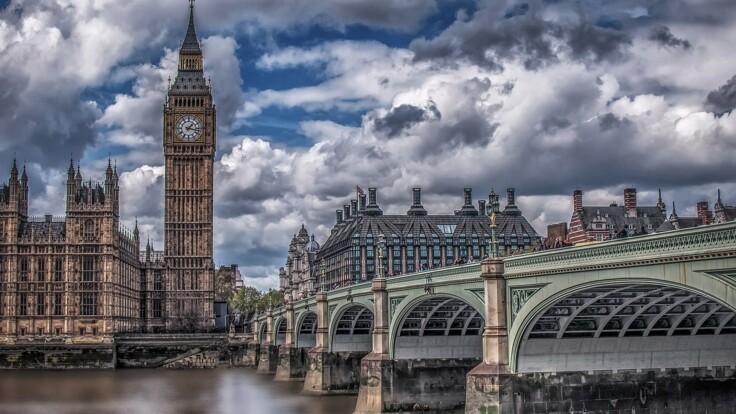 Как вывести страну из кризиса: экс-министр привел пример Великобритании