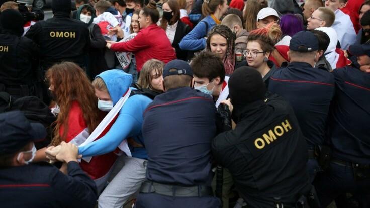 Протесты в Беларуси: политолог рассказал, чем ответили у Лукашенко