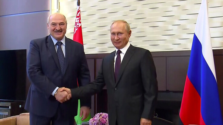 Путин оказывает огромное влияние на Беларусь – политолог о протестах