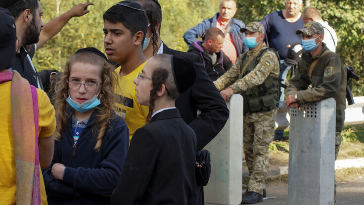 Это международный конфликт — политолог о хасидах на границе