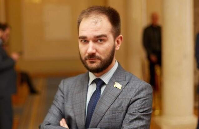 """Чистая провокация – """"слуга народа"""" о громком скандале с нардепом"""