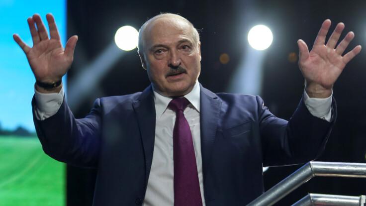 """""""Ради денег готов на все"""": в Беларуси объяснили громкое заявление Лукашенко"""