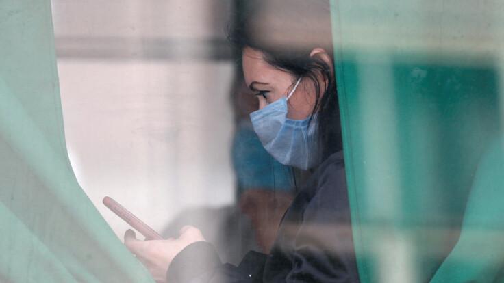 В Украине рекорд по коронавирусу: врач дал полезный совет