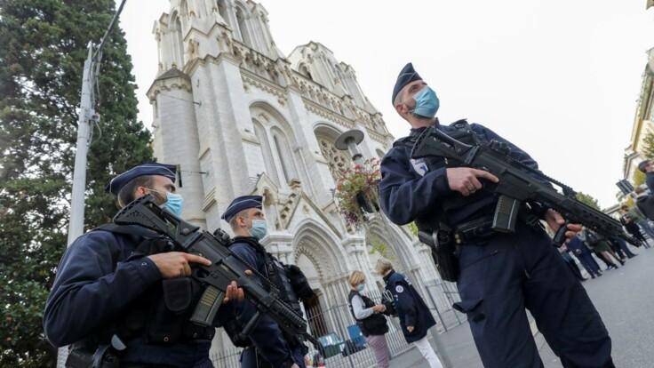 Людей убивает вопрос пятилетней давности — эксперт о терактах во Франции