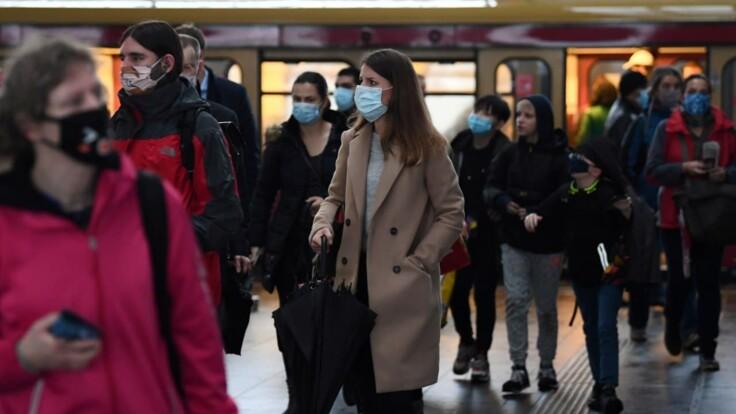 Штрафи через маски хочуть збільшити — у Авакова розповіли, чи є сенс