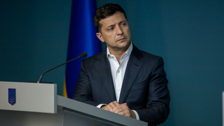 """Блокировка трех каналов: """"слуга народа"""" объяснила поступок Зеленского"""