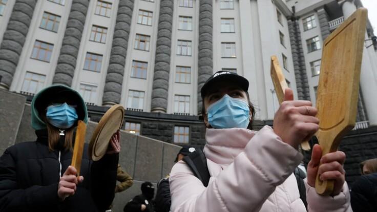 В Украине усилят карантин: эксперт назвал важный нюанс