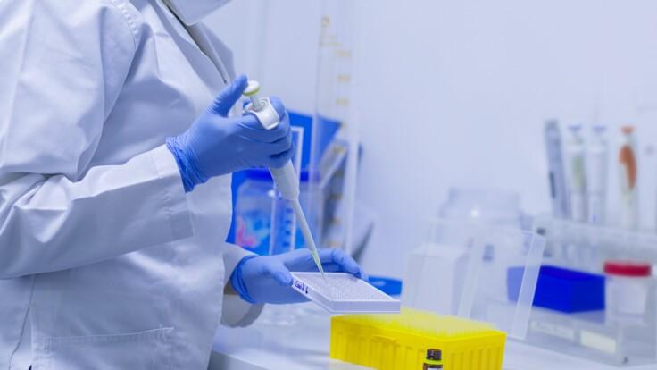 Вакцинация от коронавируса: экс-министр объяснила, кто будет платить за прививку