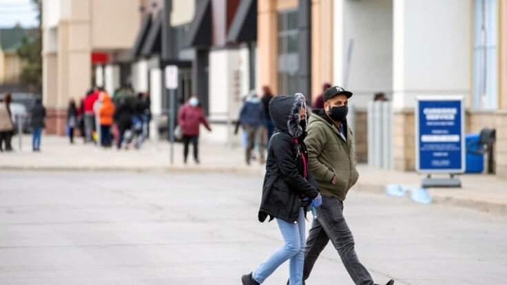 Карантин выходного дня — в полиции назвали число нарушителей без масок