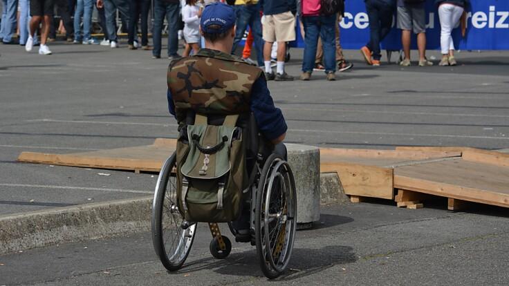 Есть вопиющие проблемы — эксперт рассказал, как живется людям с инвалидностью в Украине