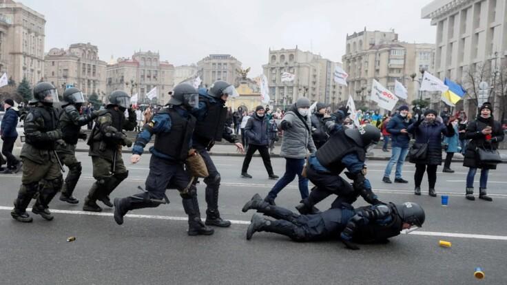 """Поддержка пока вялая: психолог объяснил, будет ли протест """"ФОПов"""" массовым"""