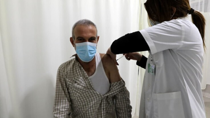 Число больных будет расти — врач о необходимости карантина