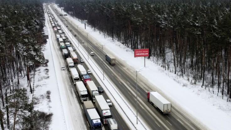 Снегопады в Киевской области – появились подробности о ситуации на дорогах
